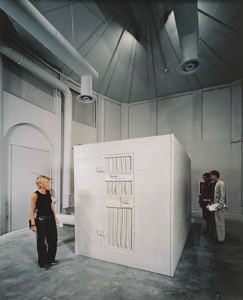 Stage evidence (BBBreathless), 2001