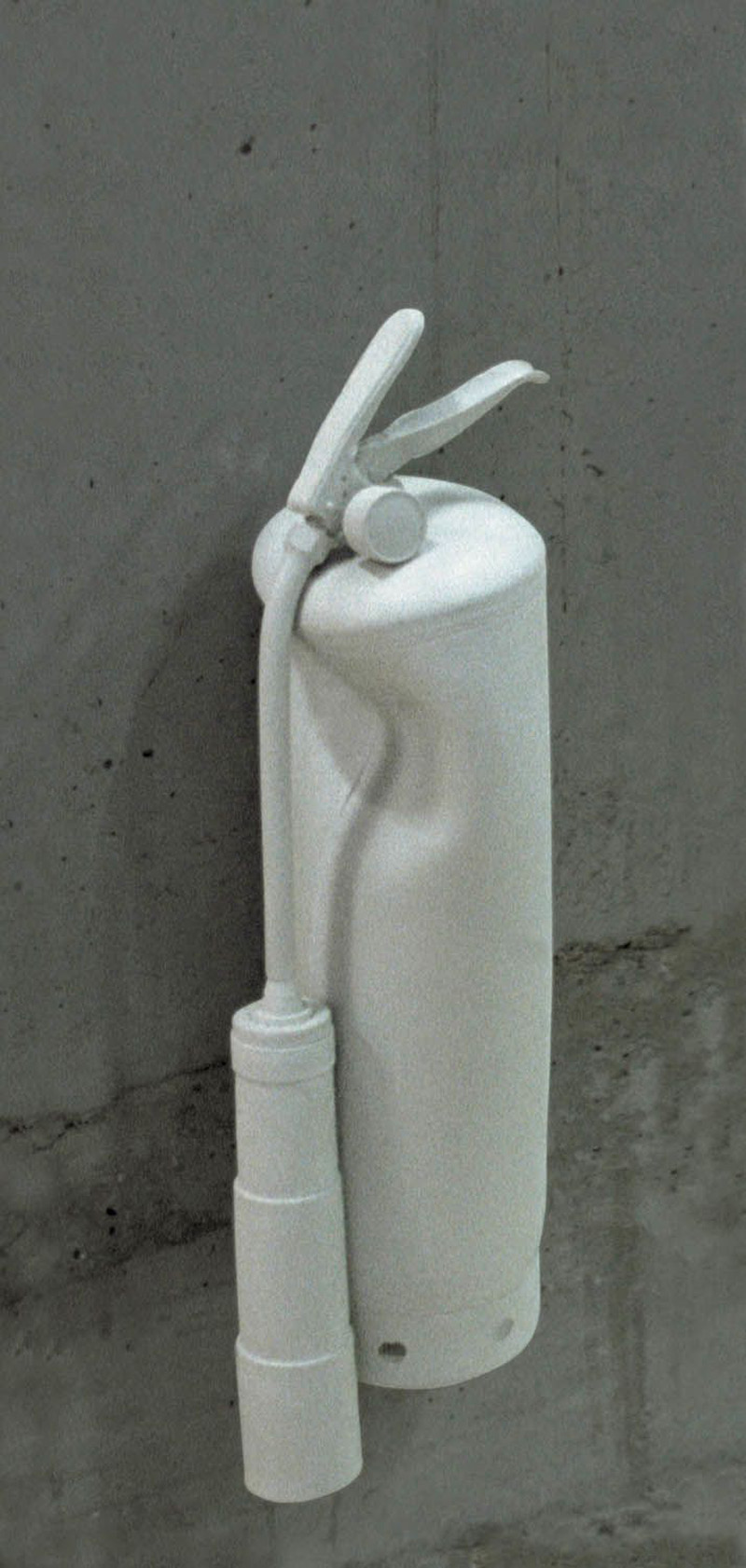 Stage evidence (�re - extinguisher) 2002