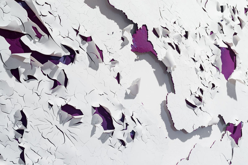 Loris Cecchini 2016, Peeling paints (Purple I) 2016