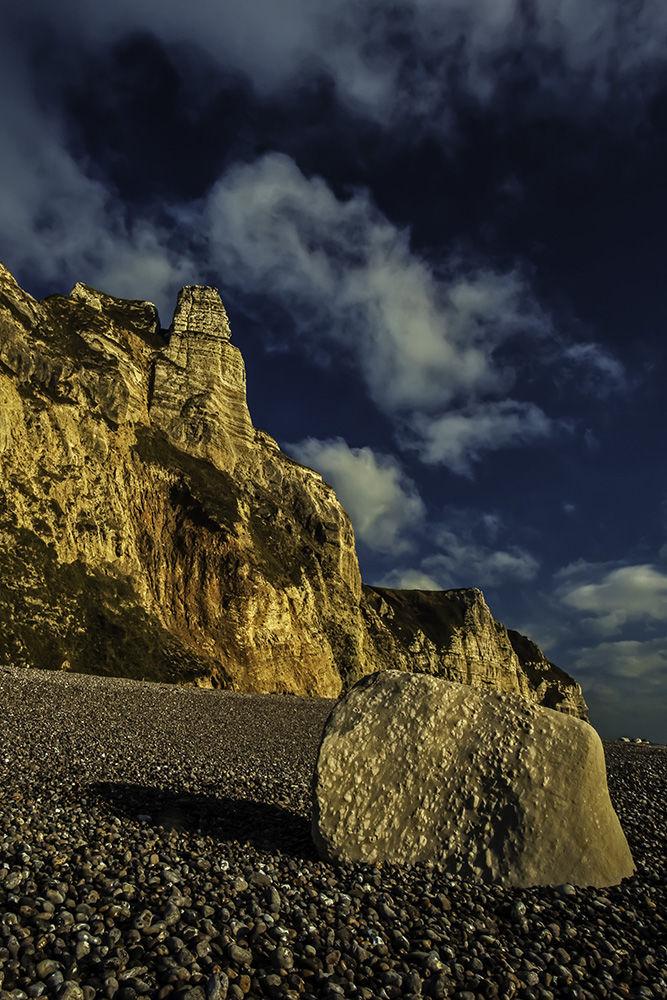 Hooken Cliffs