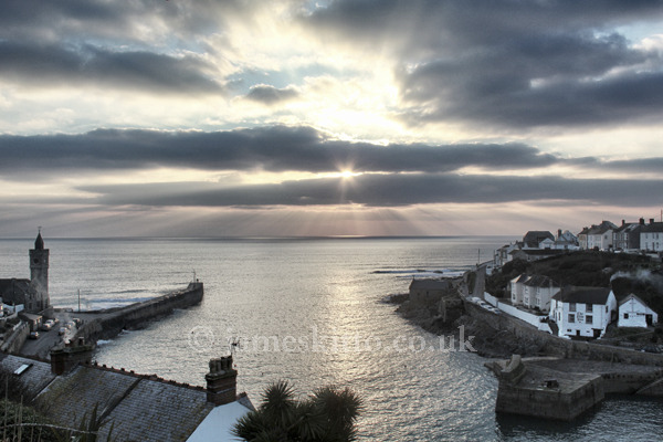 Winter Sunburst, Porthleven