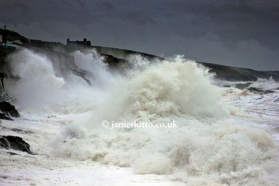 Wild waves, Porthleven
