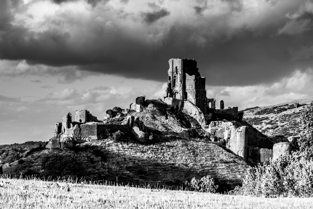Corfe Castle Black