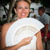 Bride keeping cool