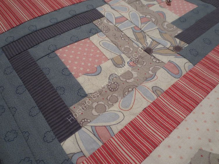 Sew A Row Quilt log cabin