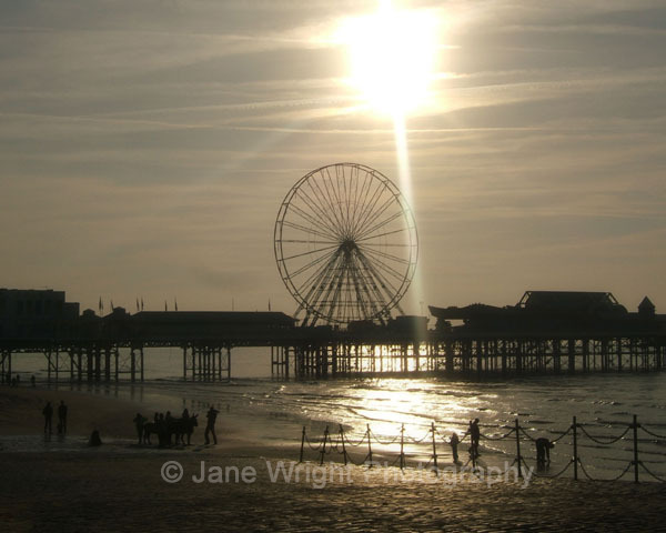 Evening by the pier