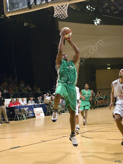 Vs Newcastle Eagles 9th April 2006