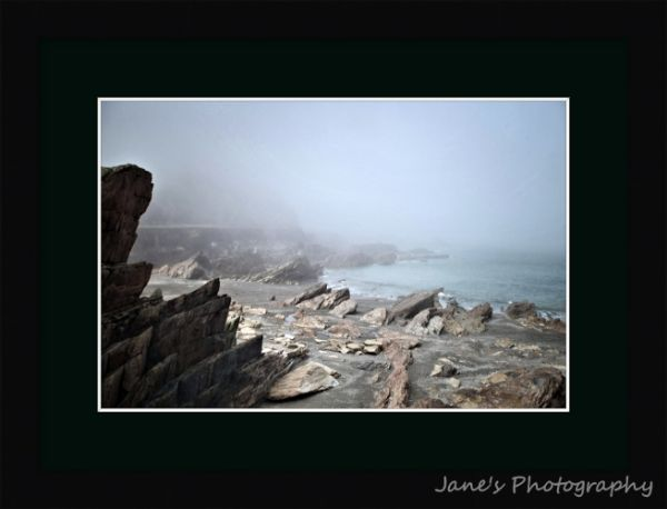 Wildersmouth Shrouded (Black)