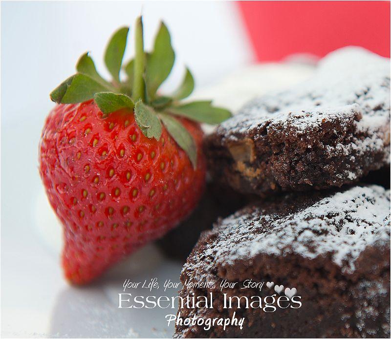 chocolate brownie and strawberry