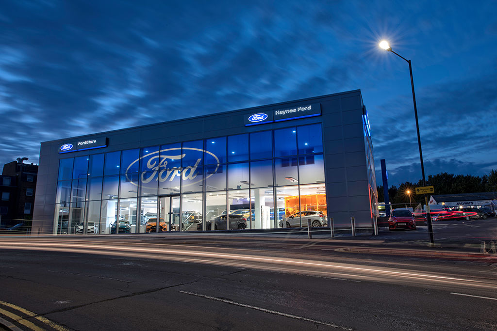 HAYNES FORD SHOWROOM PHOTOGRAPHY