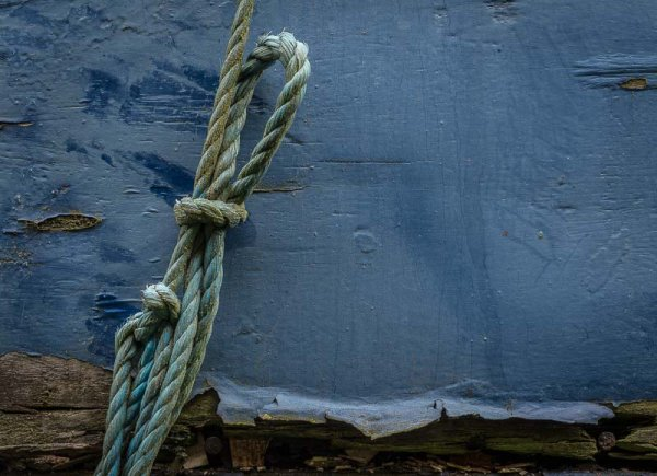 Rope on painted wood, Butterley.
