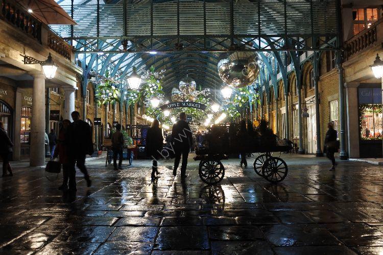 Covent Garden before Christmas