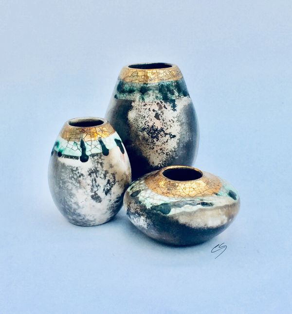 Small group of pots.