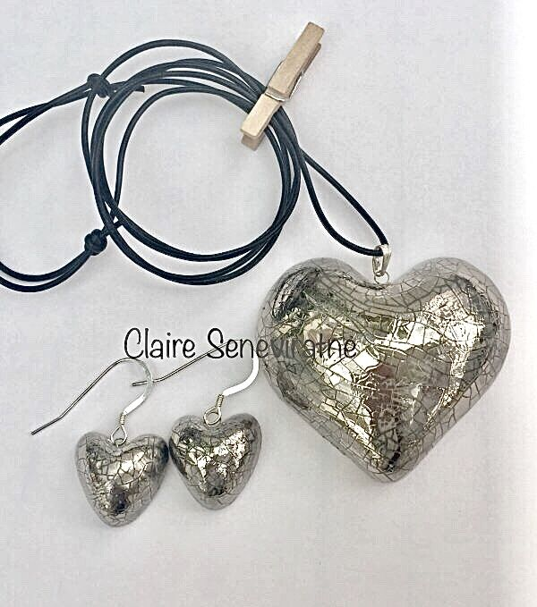 Silver heart set.