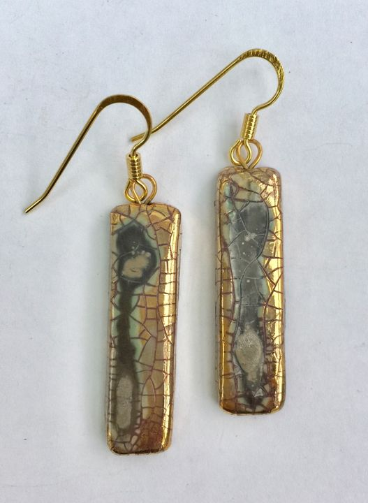Gold rectangular ceramic earrings with crackled glaze.