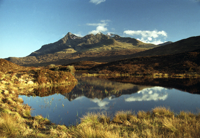 Then a brief tour of Skye, starting in the centre at the Cuillins