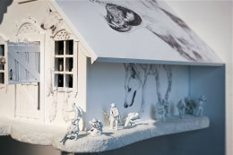 'THE WOLF'S HOUSE' SCULPTURE