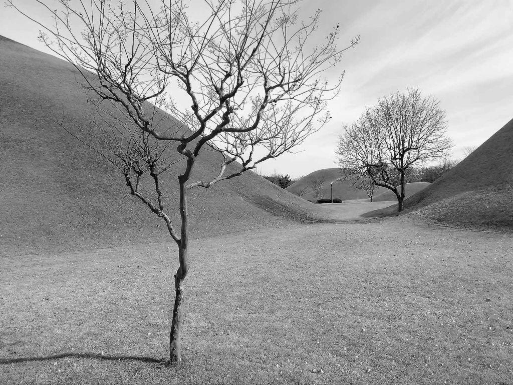 Burial mounds-Korea
