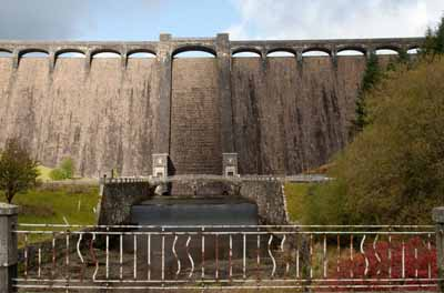 Full frontal shot of the Claerwen Dam