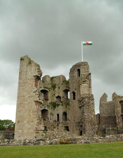 Windy day at Raglan Castle