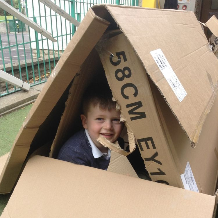 Playgroup Den Building