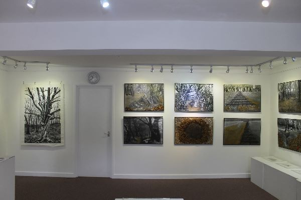 16 Gallery View