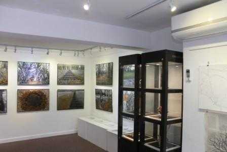 32 Gallery view