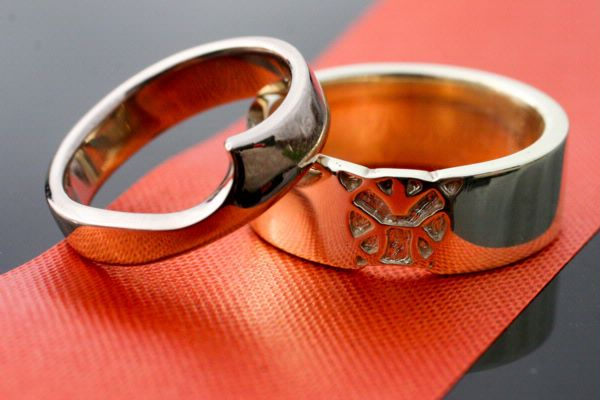 Shaped Wed Bands