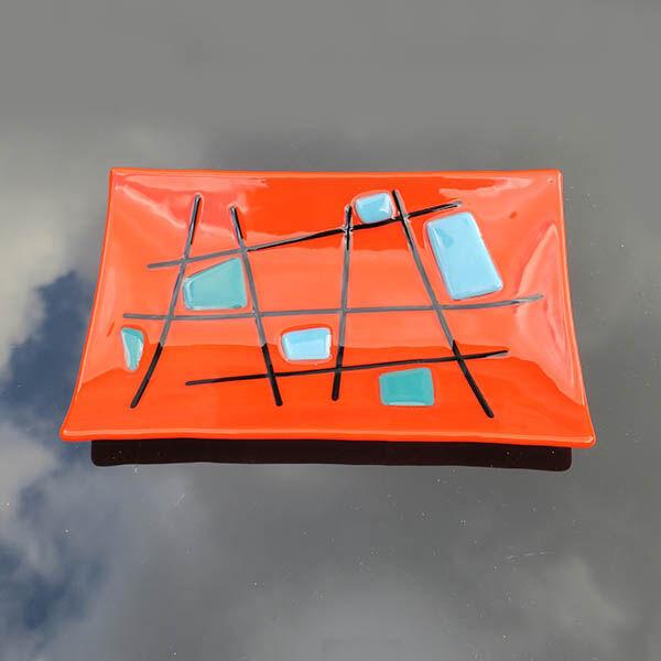 criss cross orange rectangular dish