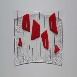 red and clear square dish
