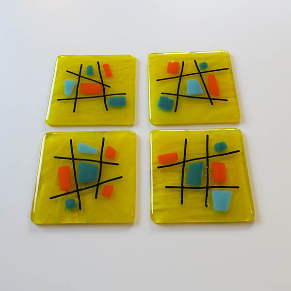 criss cross yellow square dish