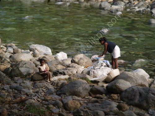 Laundry on river, Churchillas de Baracoa