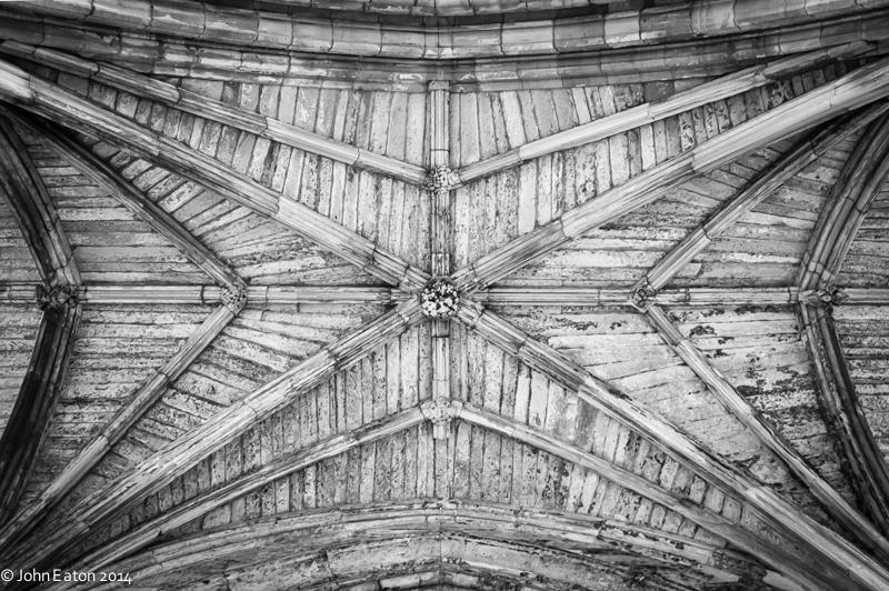 Melrose, Aisle Vault