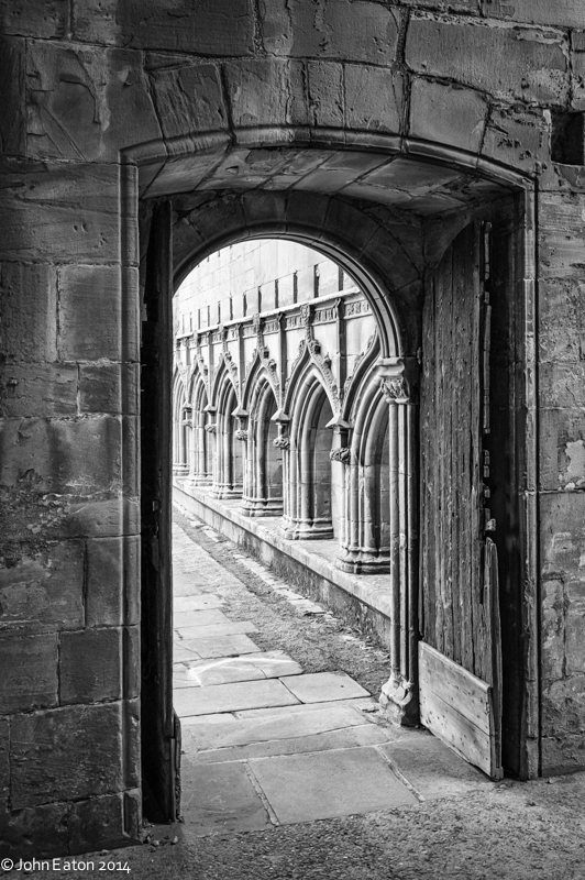 Melrose, Cloisters