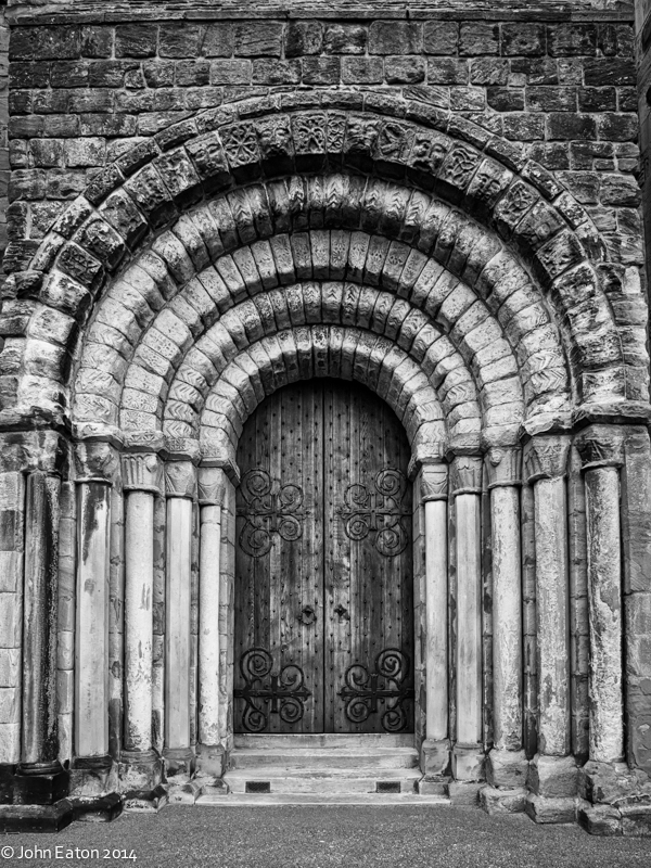Dunfermline, West Door