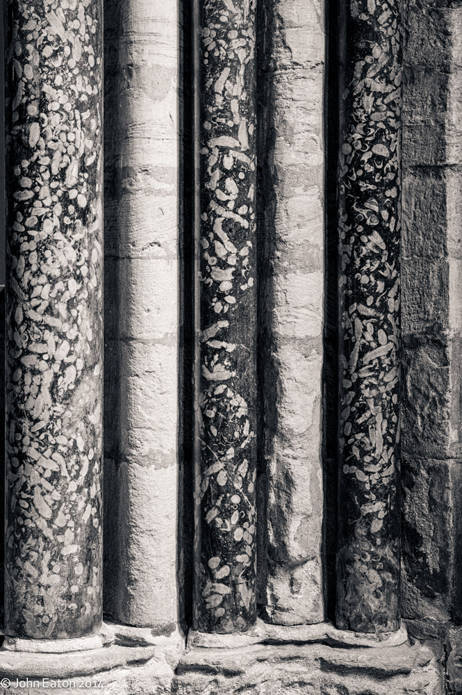 Columns, Chapel of  Nine Altars