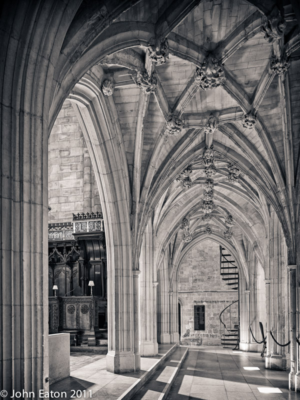 Under the Pulpitum