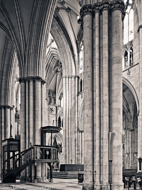 York, Nave and Pulpit