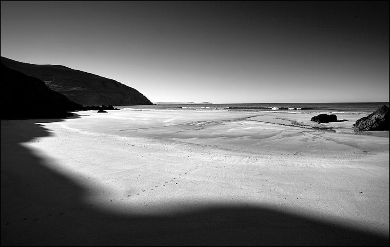 Coumeenoole Beach