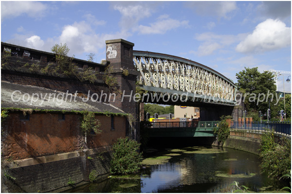 Leicester's Bowstring Bridge