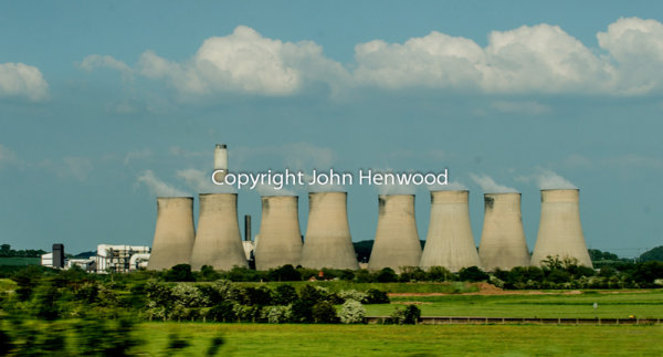 Ratcliffe-on-Soar power station from M1