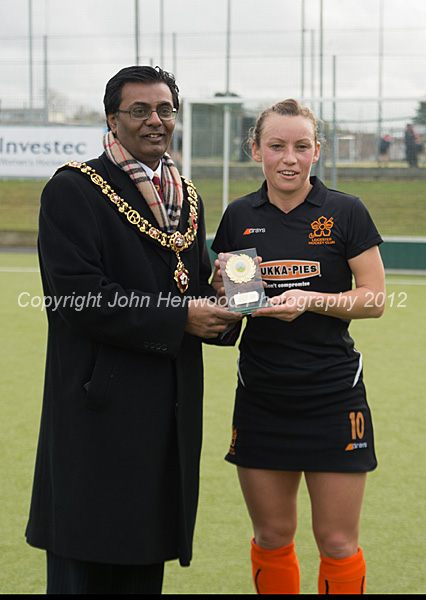 Chloe Rogers  receives her award from Leicester's Lord Mayor