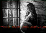 Creative B&W Pregnancy Photography Kent