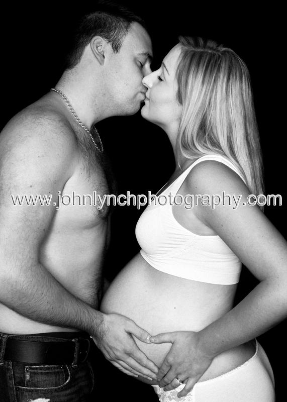 Creative B&W Pregnancy Photography Kent