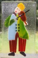 clown violinist