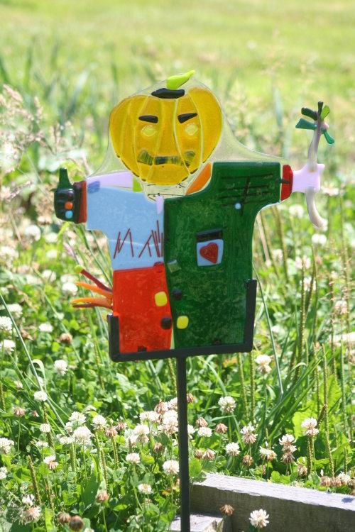 Pumkin head scarecrow