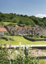 3171 Sandsend Cottage Gardens