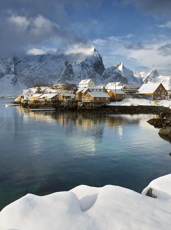 3620 Sacrisoy - Lofoten Islands