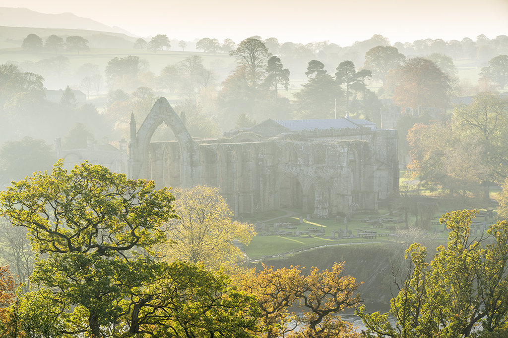 4962 Bolton Abbey