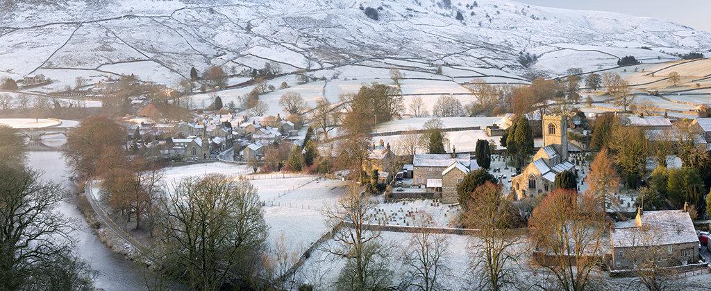 5104a Burnsall Winter Panorama